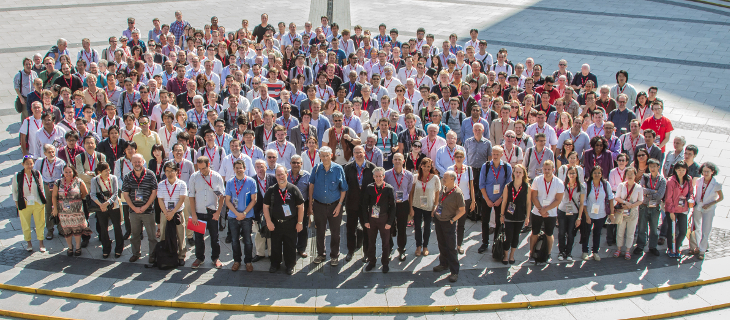 Group photo of the attendees of MH2014 held in Manchester, UK